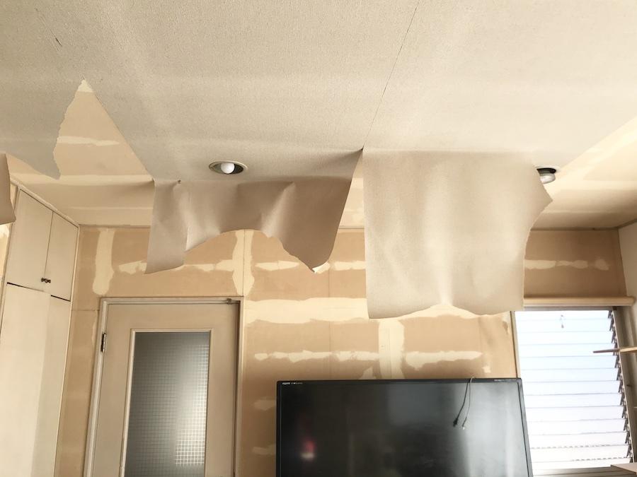 壁紙張り替え DIY セルフリフォーム ビフォーアフター