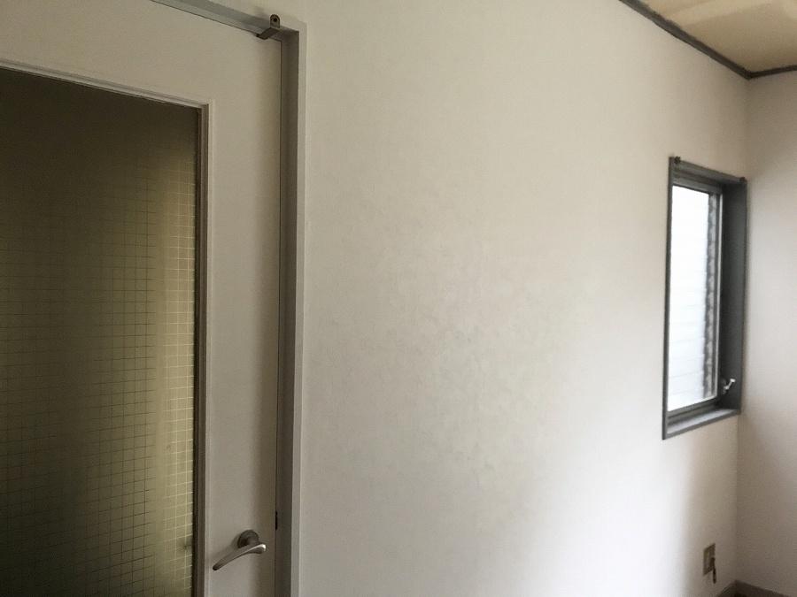 壁紙張替え 初心者DIY DIY女子 セルフリフォーム ブログ リビング壁紙