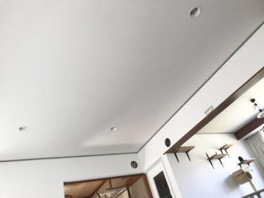 天井壁紙張り替え 完成編 自分でクロスを張り替える方法