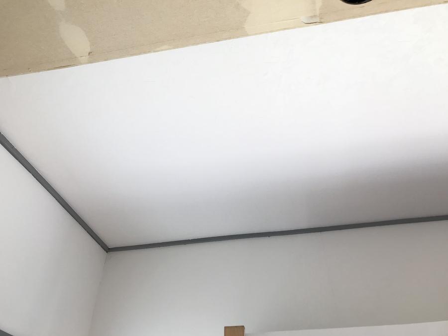 天井 クロス張替え セルフリフォーム DIY リビングの模様替え