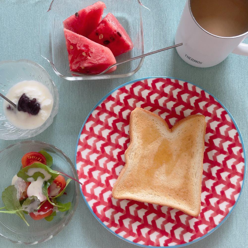 ダイエット中 朝ごはん パン食